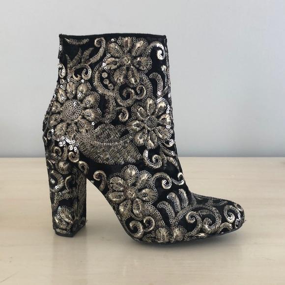 san francisco f99bb f004c Wild Diva Embroidered Boots